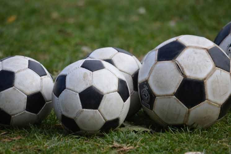 Wat is het hardste voetbalschot ooit