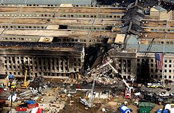 Schade aan het Pentagon na de crash van American Airlines-vlucht 77