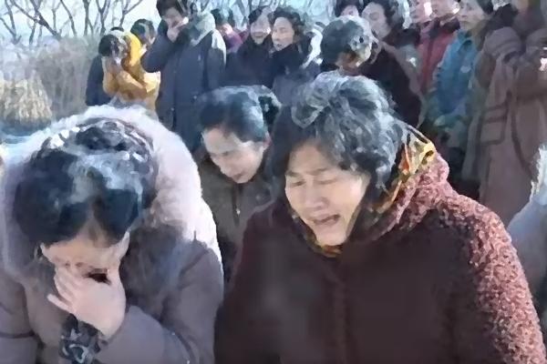 Waarom huilen vrouwen meer dan mannen? Professor geeft antwoord