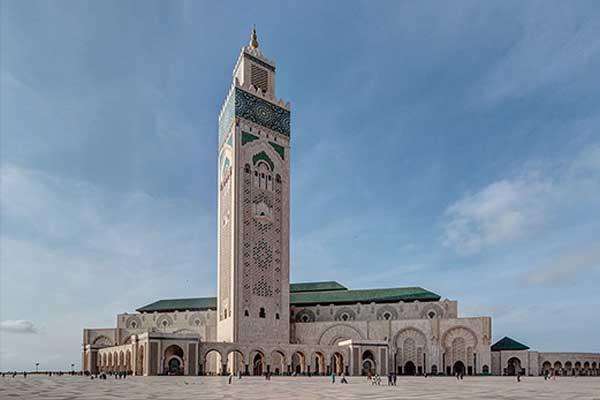Hoogste religieuze gebouw is de  Hassan II moskee in Casablanca (top 10)