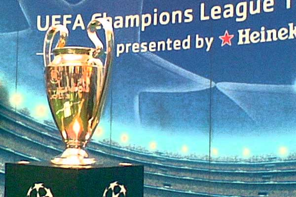 Mooiste Champions League goals ooit (de top 10)