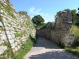 De opgegraven muren van Troje