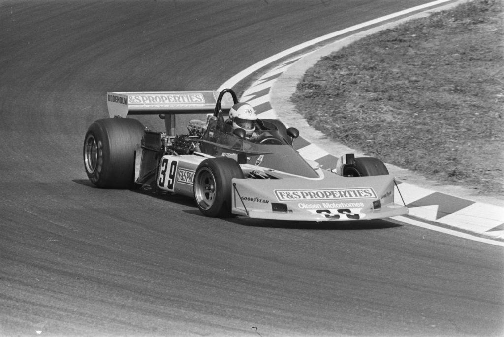 Boy Hayje in een Penske PC3 tijdens de training voor de GP van Nederland 1976