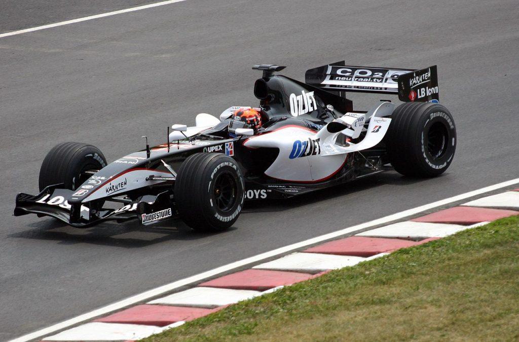 Christijan Albers in actie voor Minardi in 2005