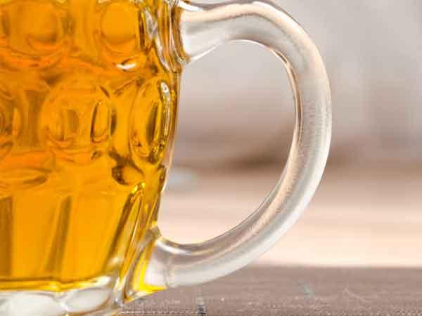 Meer dan twee glazen bier vergiftigen je hersenen en zorgen voor vervroegde dementie
