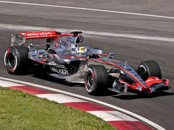Hoogste topsnelheid in Formule 1 race is 373 kilometer per uur van Montoya