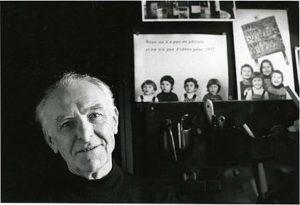 Robert Doisneau, door Bracha L. Ettinger gefotografeerd in zijn studio in Montrouge, 1992