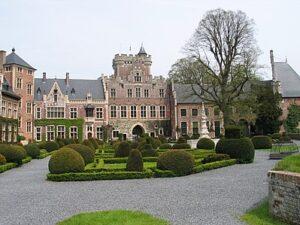 Binnenhof van het kasteel van Gaasbeek